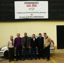 Representantes del Instituto I.E.S. San José y de Desguace San José